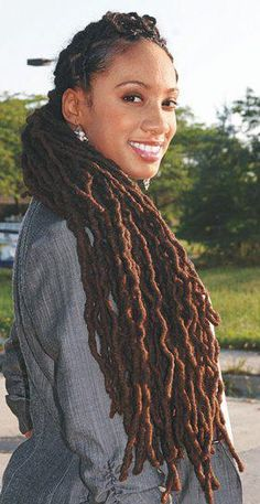 Jesus be some length on my baby locs..i just need like 6- 10 more years to get here..lol