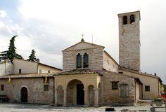 Foligno, Piazza San Domenico, Chiesa di Santa Maria Infraportas | da HEN-Magonza
