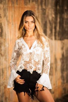 REF PWE201 BLUSA TULE E RENDAS Trendy Summer Outfits, Summer Dress Outfits, Trendy Fashion, Boho Fashion, Womens Fashion, Blouse, Spring Summer Fashion, Street Style, Clothes For Women