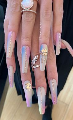 Are you ready to book your next manicure? If you're still searching for nail ideas for your manicure. Stay seasonal with these super pretty. Glam Nails, Hot Nails, Bling Nails, Glitter Nails, Cute Acrylic Nail Designs, Nail Art Designs, Acrylic Nails Coffin Pink, Pink Nail, Pretty Nail Art