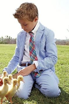 separation shoes 45d1f f8852 Heres What Your Kid Should Wear for Easter This Year .