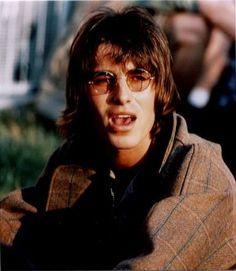 Gene Gallagher, Lennon Gallagher, John Frusciante, Britpop, Band Photos, Great British, 90s Kids, Cool Bands, Rock N Roll