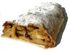 This collection of German cake (or kuchen) recipes includes strudel, yeast dough, sponge cakes, and simple two-egg batters that are sure to please. Apple Streudel, Doce Banana, German Cake, Food To Make, Sweet Treats, Dumplings, Sweets, Favorite Recipes, German Recipes