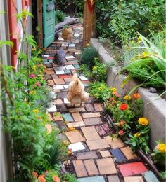 Best Diy Garden Path Ideas That Will Beautify Any House , Regardless of what front yard landscaping idea you favor, pick plants that are suitable for your climate and for the particular conditions in your law. Diy Garden, Dream Garden, Garden Paths, Backyard Walkway, Garden Bed, Garden Projects, Garden Edging, Wood Projects, Amazing Gardens