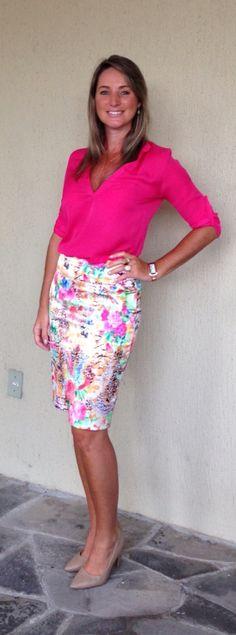 Look de trabalho - Look do dia - saia lápis estampada - pink - mix de estampas