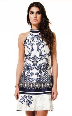 Lookbook Raizz Primavera-Verão 14 - Vestido frente única com estampa de  azulejo português e babados na barra