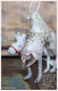 Fil À Sophie Hand made Dromedar Spun cotton Christmas ornament Wattefigur Weihnachten