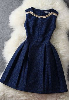 Beautiful dark blue dress. Perfect for a party or special occasions.