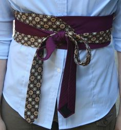 sew two wide men's ties together for an obi belt. From Librarian for Life Style. Old Ties, Tie Crafts, Obi Belt, Mein Style, Altered Couture, Diy Fashion, Fashion Trends, Fashion Tips, Creation Couture