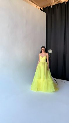 Fancy Wedding Dresses, Pretty Prom Dresses, Elegant Dresses, Cute Dresses, Beautiful Dresses, Fancy Gowns, Fairytale Dress, Gala Dresses, Classy Dress