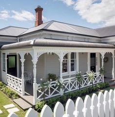 Exterior Paint Colours For House Rustic Window 31 Ideas For 2019 Exterior Paint Colors For House, Paint Colors For Home, Paint Colours, Farmhouse Front, Modern Farmhouse, Weatherboard House, Queenslander, Porche, Cottage Exterior