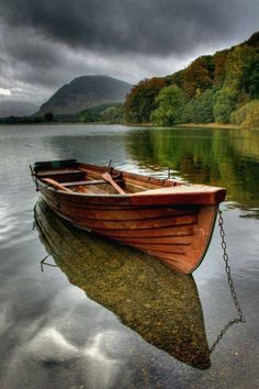 Autumn on Buttermere in the English Lake District - Phil Jones, UK photography {row boat beneath stormy clouds} Lake District, Old Boats, Small Boats, Beautiful World, Beautiful Places, Landscape Photography, Nature Photography, Reflection Photography, Boat Art