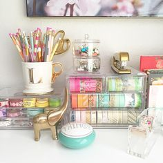 excellent storage ideas for your craft room Acrylic drawers for washi tape -- Awesome DIY Craft Room Organization Ideas To Steal Right Now!Acrylic drawers for washi tape -- Awesome DIY Craft Room Organization Ideas To Steal Right Now! Desk Organization Diy, Stationary Organization, Bedroom Organisation, Office Storage, Organizing Tips, Craft Desk, Craft Rooms, Craft Tables, Diy Desk