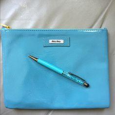 c9c4ea83d105 0f813f2c5a17e0823298e304772042dd--cosmetic-bag-pens.jpg