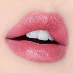 Idol Lips – Special Online Offer – About Lips Pink Lip Gloss, Gloss Matte, Glossy Lips, Red Lips, Female Lips, Hot Pink Lipsticks, Love Lips, Kissable Lips, Beautiful Lips