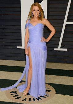 Kylie Minogue opts for purple gown