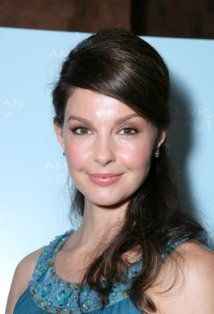 Ashley Judd..can't wait for her new t.v. series coming out, love this chick!!