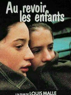 Durante a segunda guerra, os franceses tentam se proteger e evitar problemas com os nazistas. Uma escola católica protege um menino judeu, escondendo sua verdadeira identidade de todos. Mas a Gestapo fica desconfiada e acaba prendendo o menino quando descobre o plano.