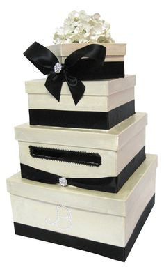 Lovely wedding card box from the original Card Box Diva!