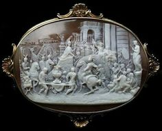 RARE MUSEUM 10K antique Triumph of Alexander Hand carved Scenic shell Cameo Brooch Pin