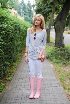 Women's Grey Crew-neck Sweater, White Skinny Jeans, Pink Rain Boots, Pink…