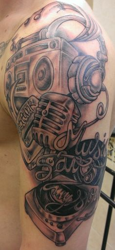 hip hop tattoos for men tattoo pinterest hop tattoo tattoo and tatting. Black Bedroom Furniture Sets. Home Design Ideas