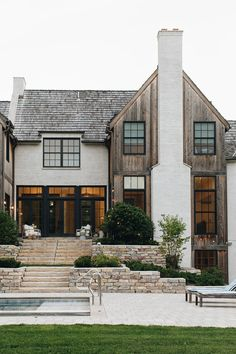64 fantastic exterior design ideas that looks cool 3 Dream Home Design, My Dream Home, Dream Life, Stommel Haus, Dream House Exterior, House Exterior Design, Stucco Exterior, Stone On House Exterior, Black Trim Exterior House
