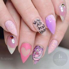Disney acrylic nails nail designs a cute rkawajan girly ideas Cute Nail Designs, Acrylic Nail Designs, Love Nails, Pretty Nails, Nail Art Dessin, Disney Acrylic Nails, Crazy Acrylic Nails, Alice In Wonderland Nails, Uñas Fashion