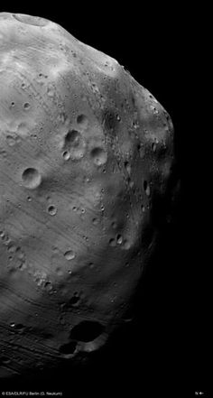 Mars Express heading towards daring flyby of Phobos 23 December 2013, ESA's Mars Express will make the closest flyby yet of the Red Planet's largest moon Phobos, skimming past at only 45 km above its surface.