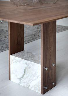 Porada SHanti Table detail
