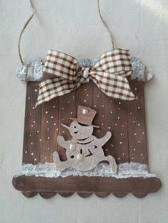 Out door von Giovanna Serafini Bastelideen Handmade Christmas Decorations, Christmas Mom, Christmas Crafts For Kids, Diy Christmas Ornaments, Christmas Projects, Easter Crafts, Holiday Crafts, Diy Popsicle Stick Crafts, Luge