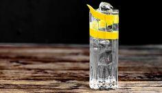 Terassikauden raikkain drinkki on inkiväärinen valkkaritonic – Viinilehti Convenience Store, Drinks, Food, Convinience Store, Drinking, Beverages, Essen, Drink, Meals