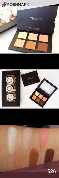 Contour Cream Kit - Medium A best-selling set of contour shades. Anastasia Beverly Hills Makeup