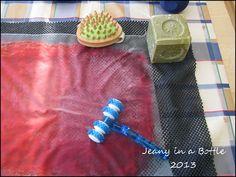 Jeany's Brunnen: Cheap but great Felting tools Felt Crafts, Fabric Crafts, Diy Crafts, Wet Felting Projects, Nuno Felt Scarf, Needle Felting Tutorials, Recycling, Cloth Flowers, Nuno Felting