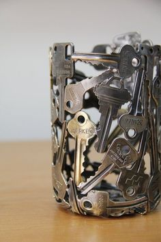 Old Keys Recycling Bedroom Desk Lamp                                                                                                                                                                                 More #handmadefurniture