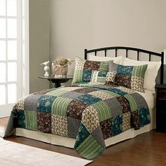SONOMA life + style Lotus Quilt Set. Wish I could get this now while its on sale!!!!