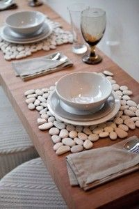 stone tiles from home improvement store, add felt to the bottom for inexpensive placemats or hot pads. stone tiles from home improvement store, add felt to the bottom for inexpensive placemats or hot pads. Diy Projects To Try, Home Projects, Project Ideas, Creation Deco, Home And Deco, Stone Tiles, Pebble Stone, Hot Pads, Decoration Table