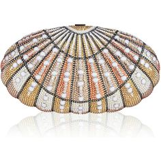 Judith Leiber Couture Sea Dream Shell Crystal Clutch Bag (€3.570) ❤ liked on Polyvore featuring bags, handbags, clutches, light pink, light pink handbags, shell purse, judith leiber handbags, cocktail purse and metallic handbags
