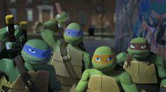 Discover & share this Teenage Mutant Ninja Turtles GIF with everyone you know. Ninja Turtles Art, Teenage Mutant Ninja Turtles, Ninja Turtle Toys, Tmnt 2012, Turtle Gif, Leonardo Tmnt, Nickelodeon, Dc Movies, Fan Art