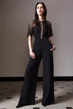 Temperley London Pre-Fall 2014 Fashion Show Runway Fashion, High Fashion, Fashion Show, Fashion Outfits, Womens Fashion, Fashion Design, Fashion Trends, Christophe Decarnin, Lace Jumpsuit