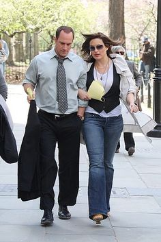 Chris Meloni & Mariska Hargitay on the set of SVU