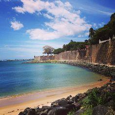 I meeeeean! The water in Puerto Rico is! Paseo de la Princessa - the old city gate to San Juan!! @visitpuertorico  #whereverilodge #oldsanjuan #puertorico #sanjuan #pr