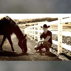 Gah I wish he was wanting for me when I pulled up at the farm everyday...the horse an the man!