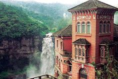 El Hotel del Salto - Colombia Hotel del Salto was built in 1928 for wealthy tourists visiting the nearby Tequendama Falls. Eventually, the waterfall was contaminated and visitors lost interest, leading to the hotel's abandonment. (Arteide)