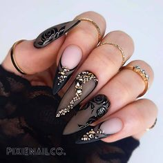 Luxury Custom Press On Nails Bling Nails, Stiletto Nails, Gorgeous Nails, Pretty Nails, Indian Nails, May Nails, Fire Nails, Swarovski Nails, Luxury Nails