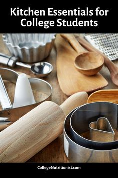 Getting ready to live in your first dorm or apartment? Take a look at these budget friendly kitchen staples for everything you need to cook healthy meals and stay on track and avoid the Freshman 15! #collegenutritionist #budgetingtips #budget #kitchenessentials #collegechecklist College Checklist, College Essentials, Kitchen Essentials, College Dorm Organization, College Dorm Rooms, Healthy Meals To Cook, Healthy Recipes, Freshman 15, Coffee Games
