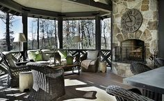 Vacation home in North Carolina's Blue Ridge Mountains. Architect D. Stanley Dixon in Atlanta Homes & Lifestyles. Estilo Country Chic, Modern Country Style, Rustic Style, Outdoor Rooms, Outdoor Living, Indoor Outdoor, Outdoor Lounge, Le Cosy, Modern Stairs