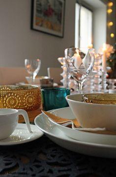 kattaus,arabia,teema,riihimäen lasi,grapponia Finland, Scandinavian, Pots, Table Settings, Traditional, Dishes, Lifestyle, Glass, Inspiration