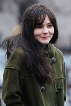 Carey Mulligan, is that really you? The British beauty was virtually unrecognisable as she debuted a dramatic beauty transformation on the s...