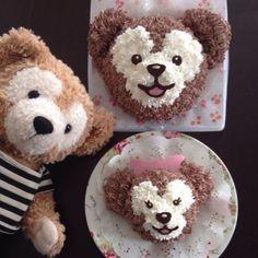ダッフィーとシェリーメイのケーキ